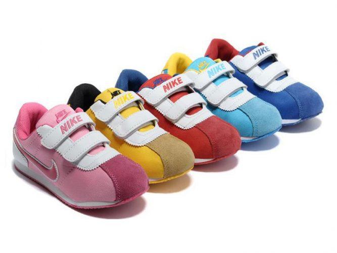 สถานที่ขายส่งรองเท้าเด็ก